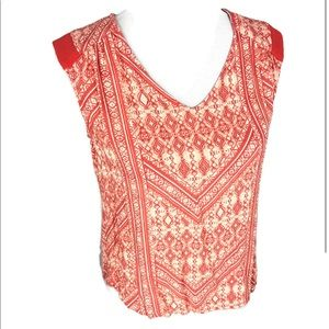 Skies are blue sleeveless top small